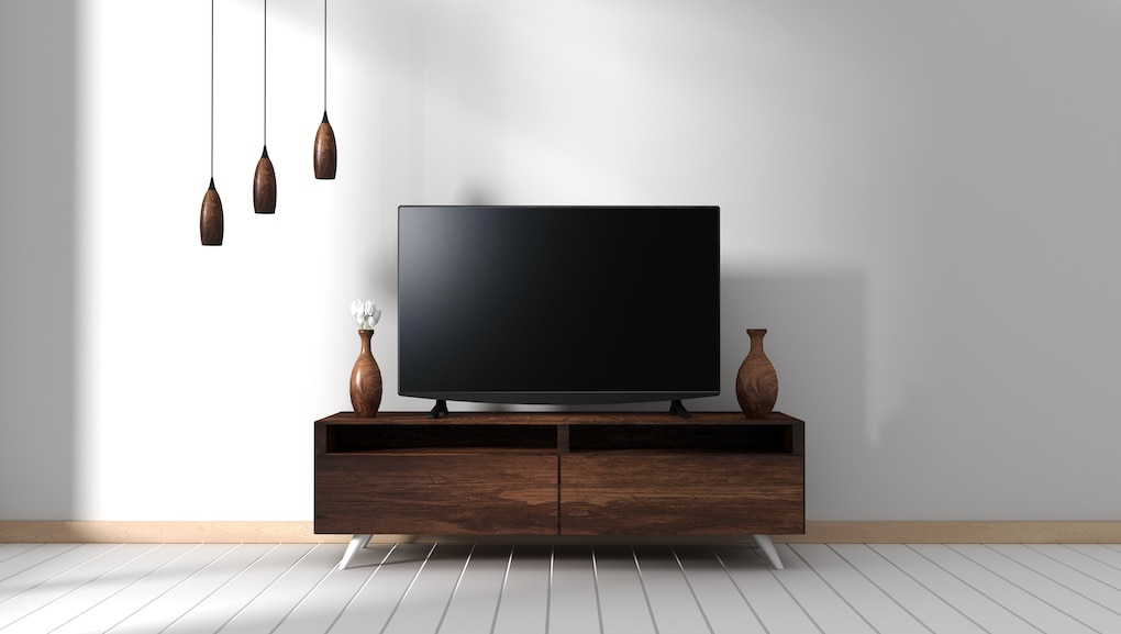 4 Best Reclaimed Wood TV Stands & Key Considerations For Your Room