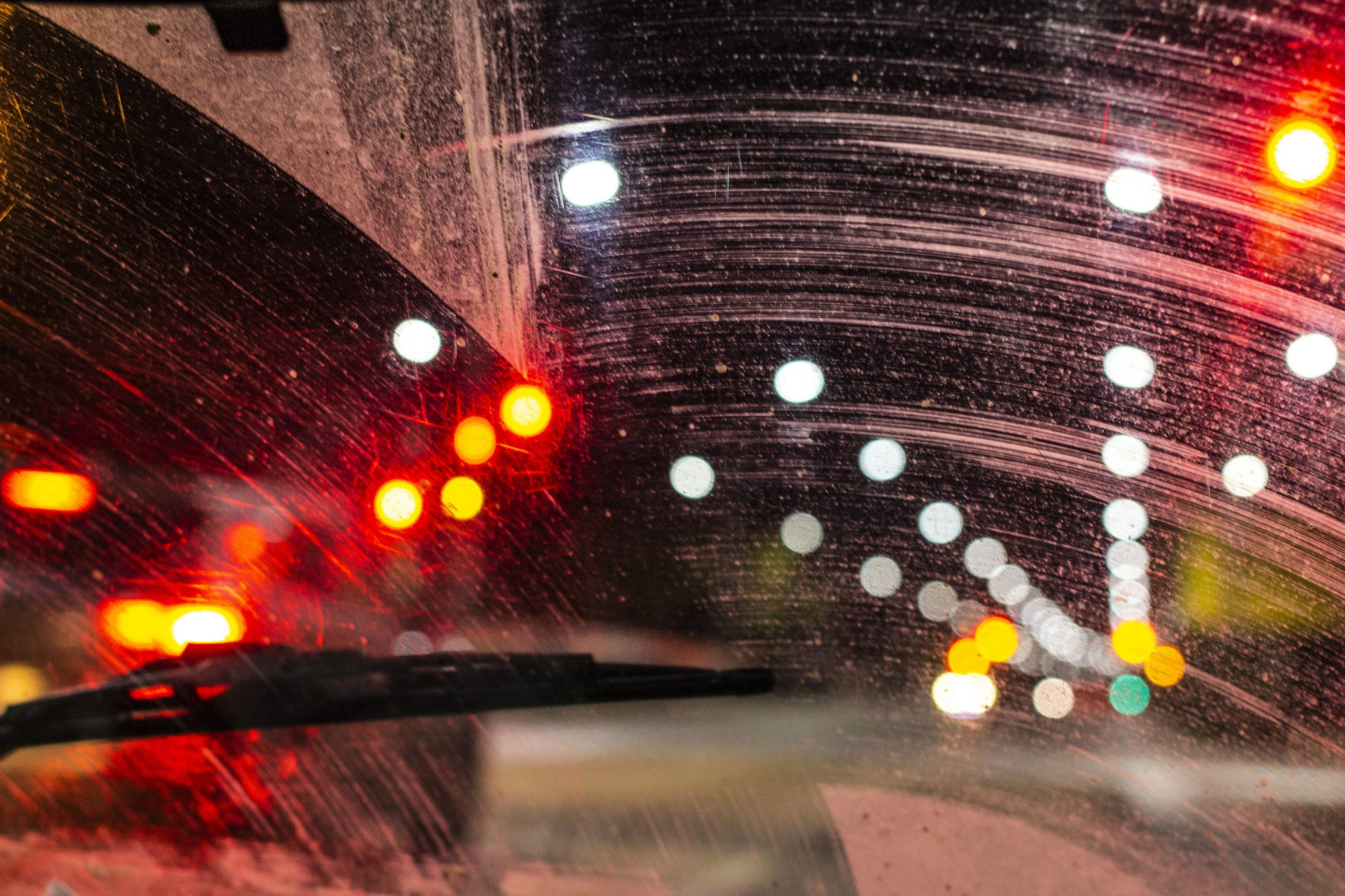 how to prevent windshield scratches