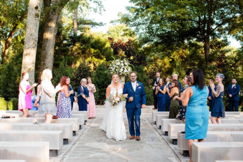 best outdoor wedding pic