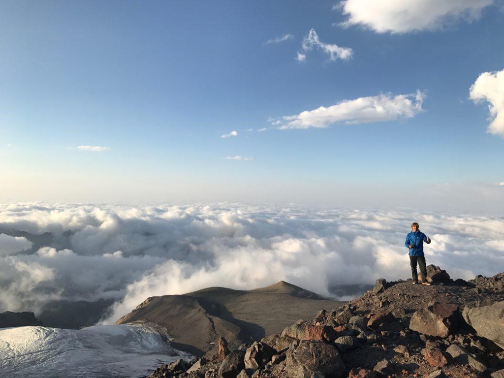 Base Camp Rota norte Monte Elbrus