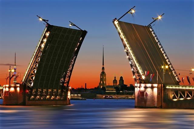 Sightseeing in Saint Petersburg