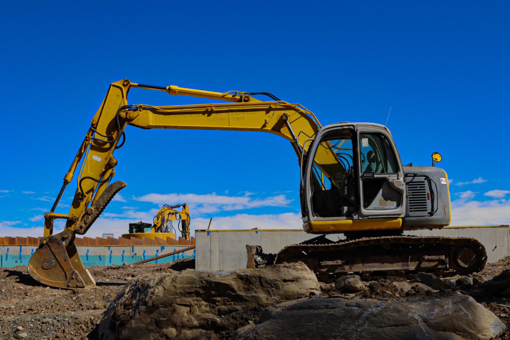Crane and Construction Vehicle Rentals and Services