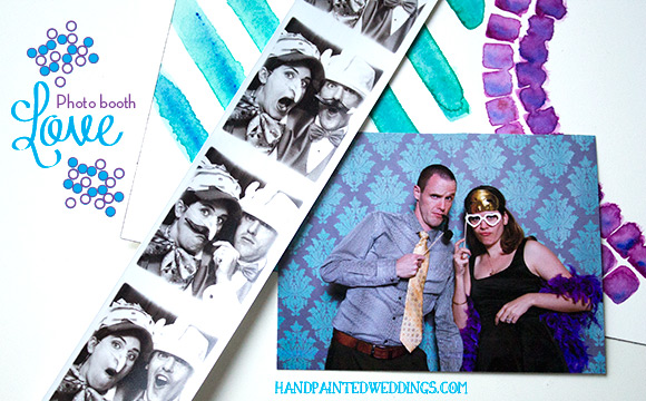 Photo booth Love by Hand-Painted Weddings