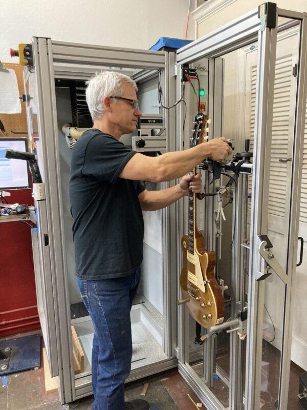 SF Guitarworks - Geoff Plek