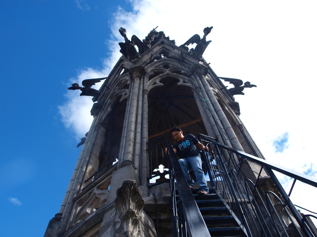 scary tower climbing