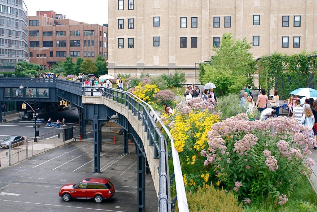high line in spring, nyc