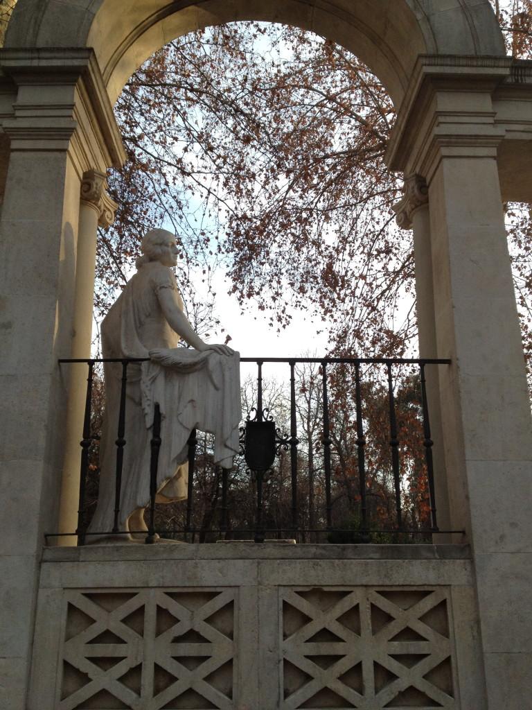 statue of woman el Parque del Buen Retiro, Madrid, Spain