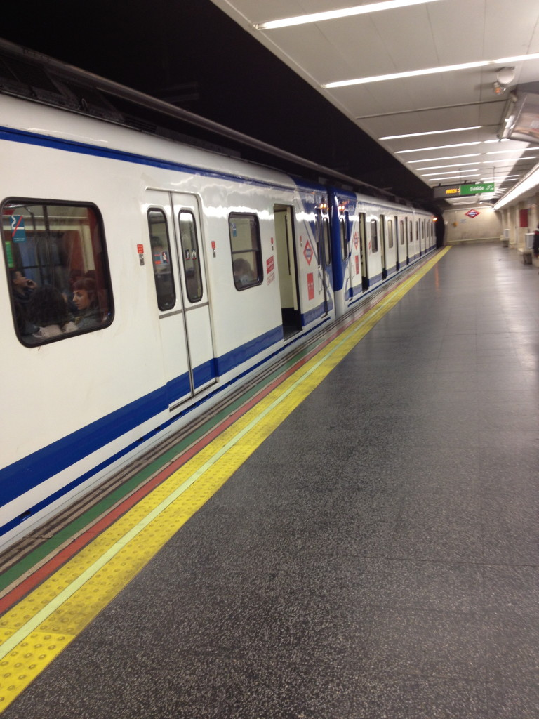 el metro, Madrid, Spain