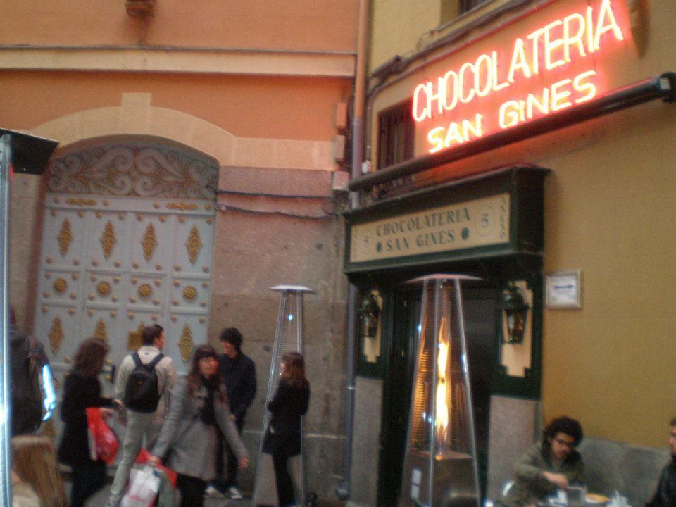 Chocolatería de San Gines facade, Madrid, Spain