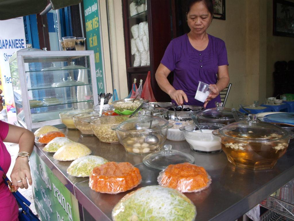 Che bar, Hanoi, Vietnam
