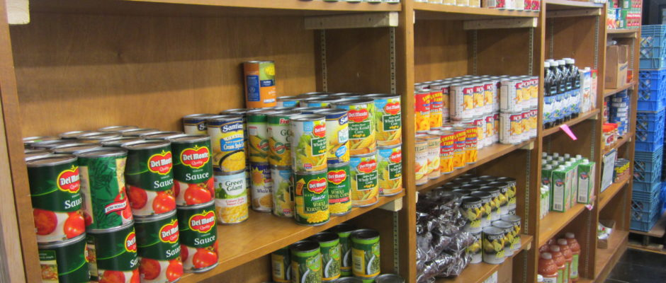 A hunger-relief agency serving low-income people who live within the Oregon Trail School District.