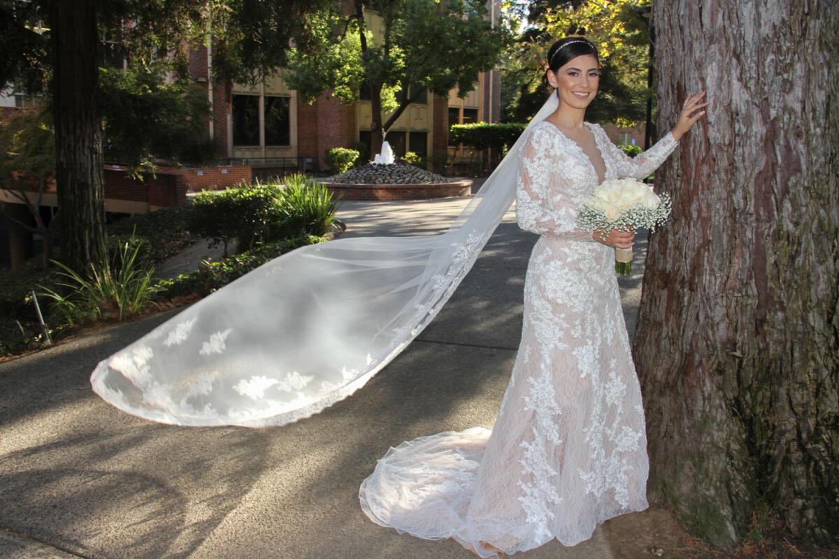 bride-outdoors