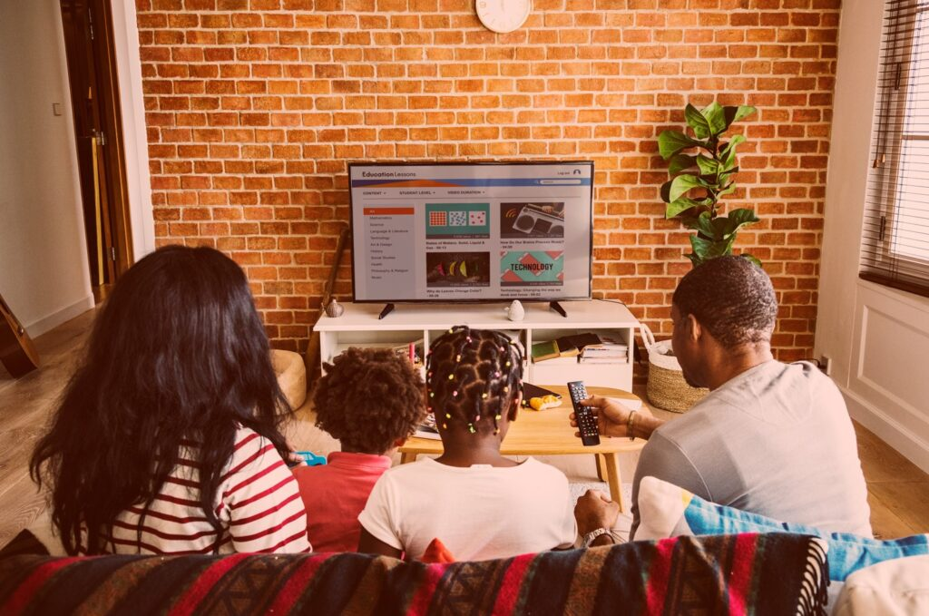 Family Viewing an online stream