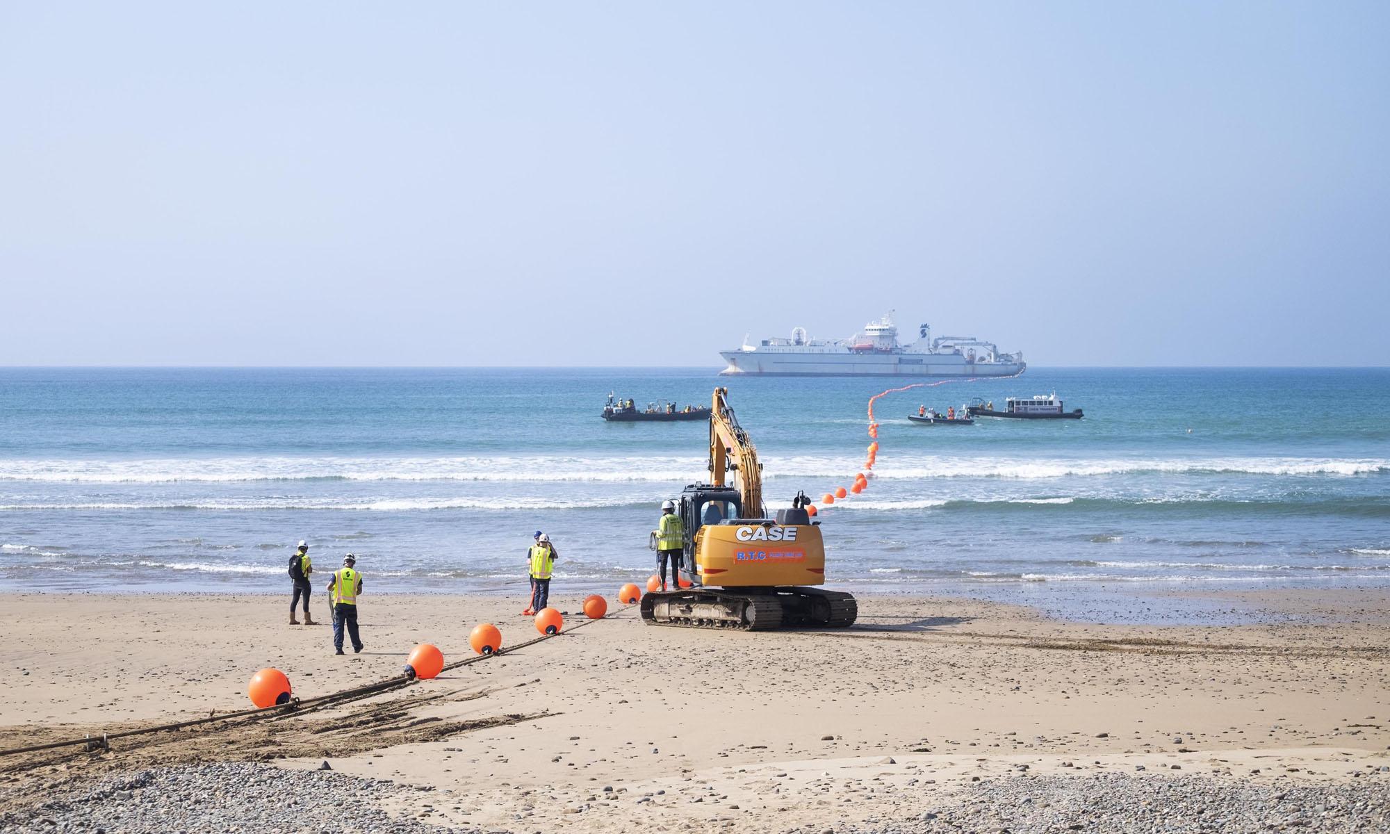 google's 3900 mile grace hopper undersea cable lands in the uk