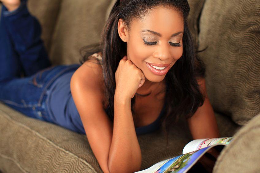 Keep it Feminine: Book Club Etiquette