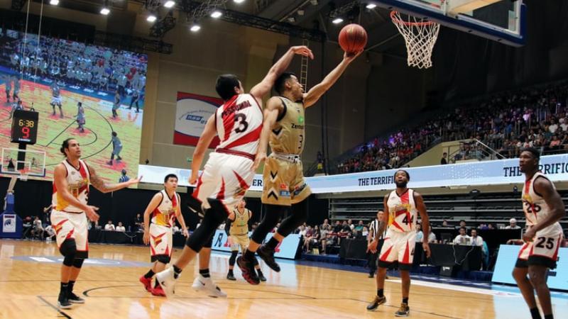 basketball tip