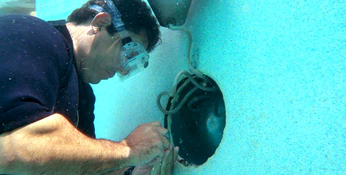 Under Water Leak Test Done by Florida Pool and Leak Miami