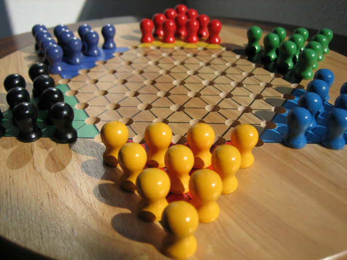 How To Play Chinese Checkers, Board Games, Family Games, Gaming