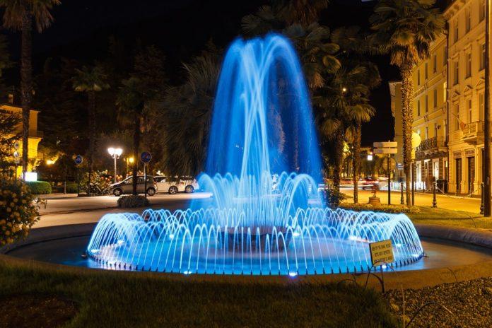 water fountain, fountain gifs, cool gifs