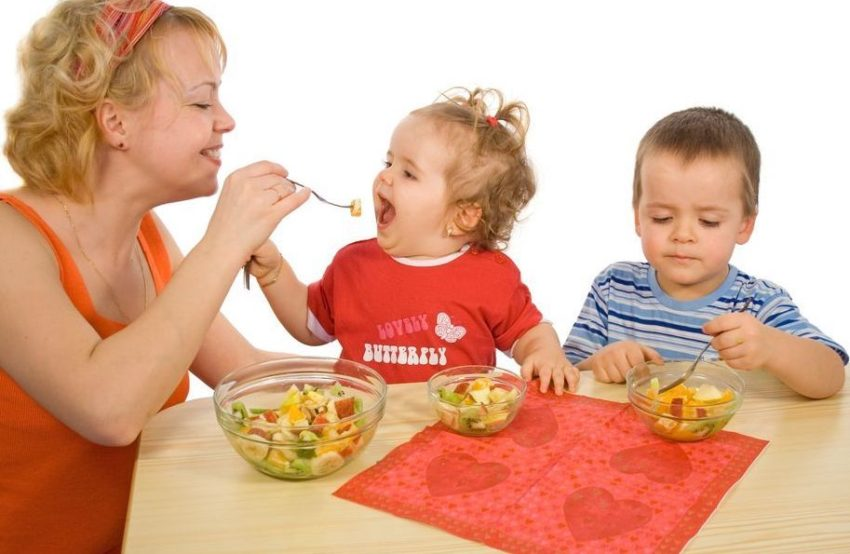 child to eat healthy