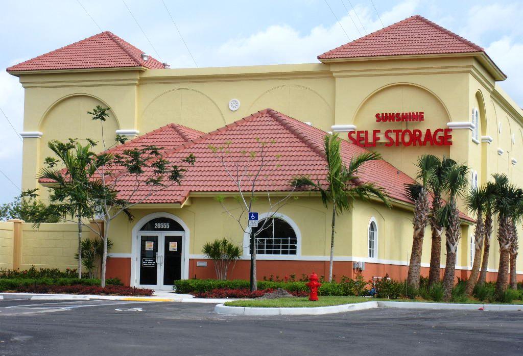 Boca Raton Self Storage Entrance