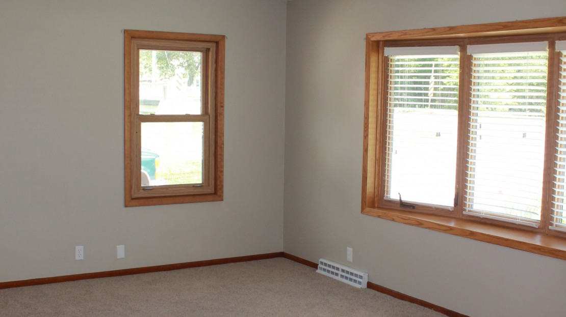 Living Room in a 3 bedroom house for rent in Independence Iowa