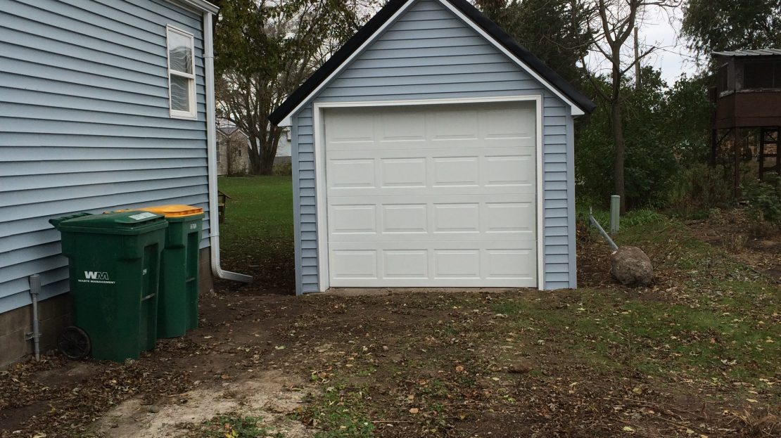 Garage of 3 Bedroom House for Rent in SW Independence, IA 50644