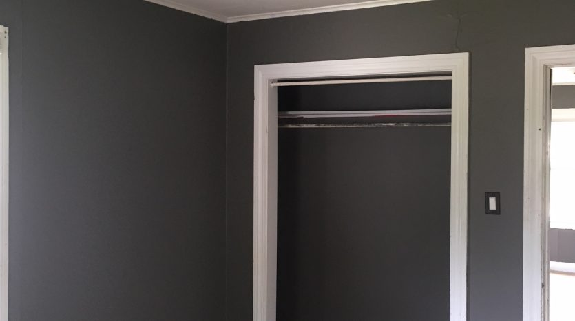 Bedroom in Rental House Independence, IA