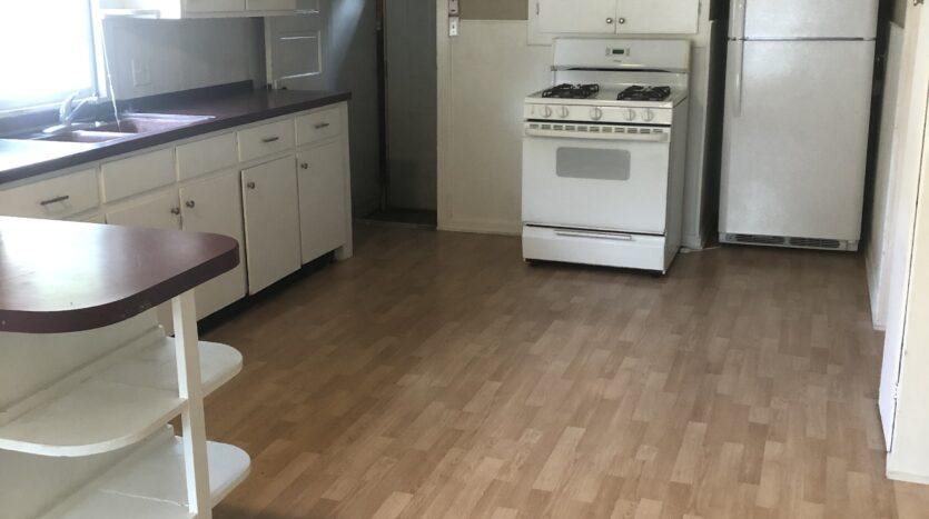 kitchen image of house for rent 50644