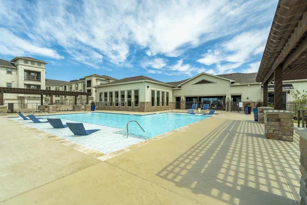 Corporate Housing Waxahachie, TX