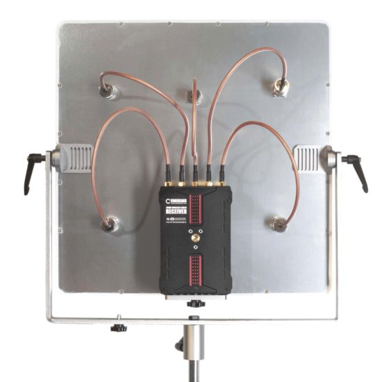 6-200_200M__Receiver_with_Panel_Antenna_02_v2