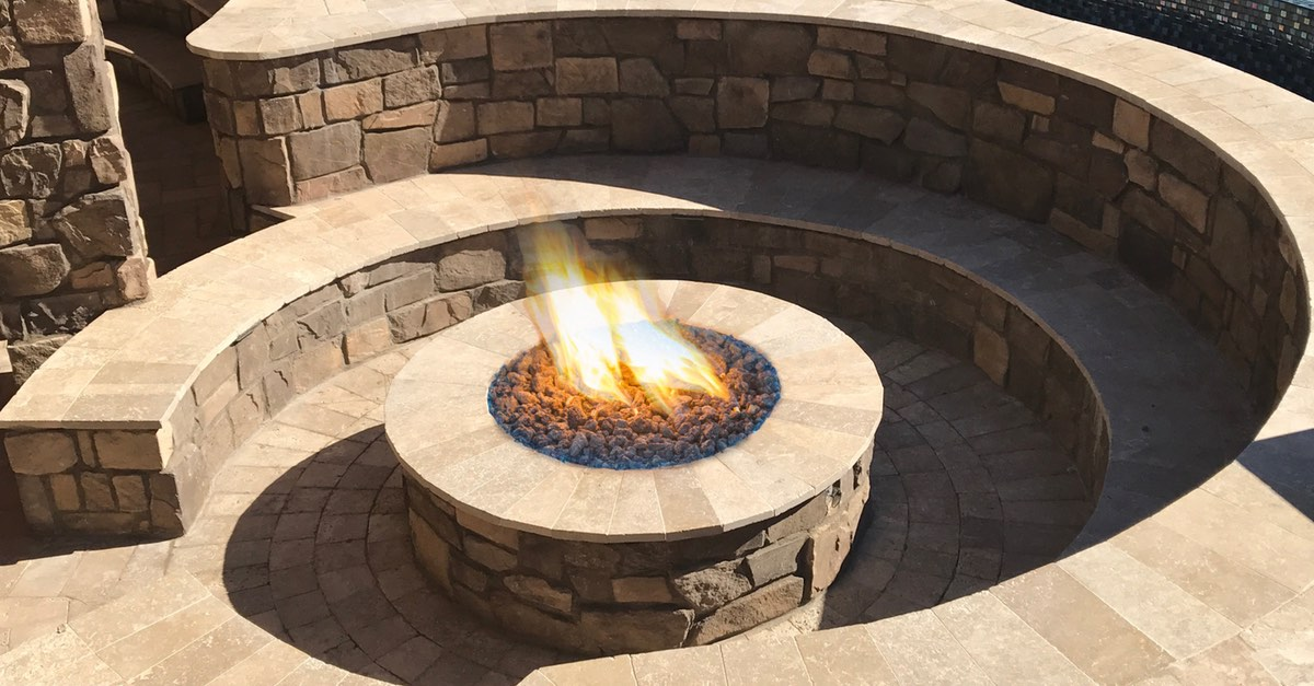 Flaming Fire Features for a Grand Effect
