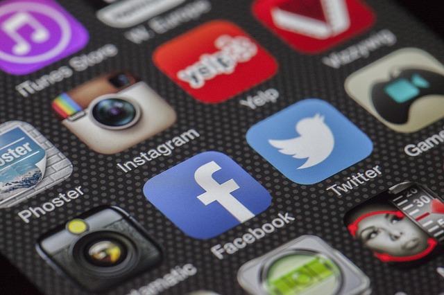 Should Havine a Big Social Media Following Matter to Venture Capitalists?