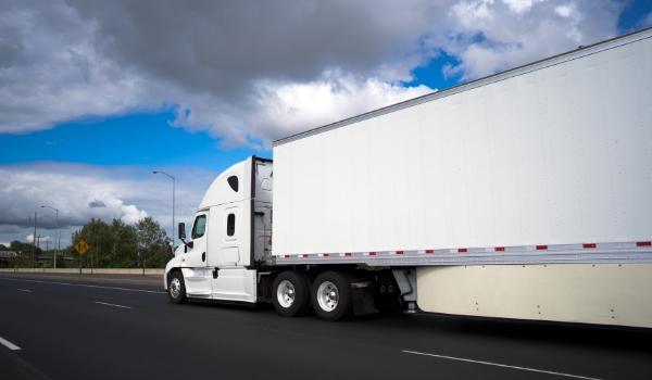 Dry Van Transportation Logistics | Red Arrow Logistics