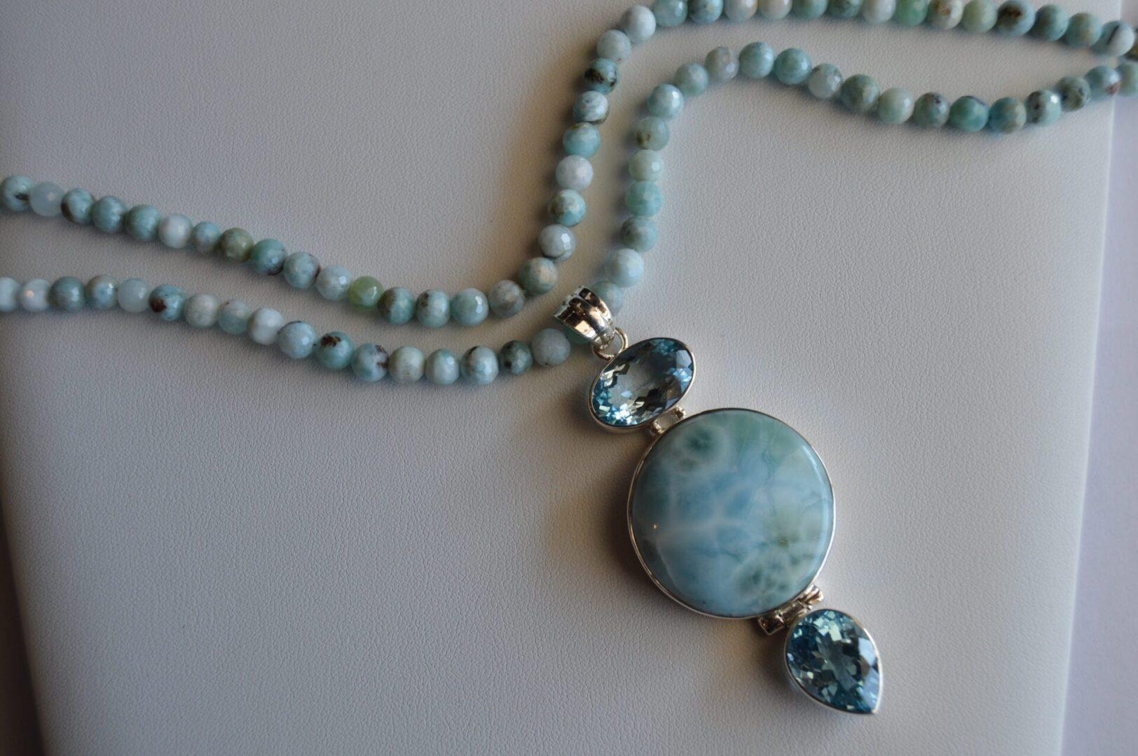 A Queen of Atlantis Necklace organic shot