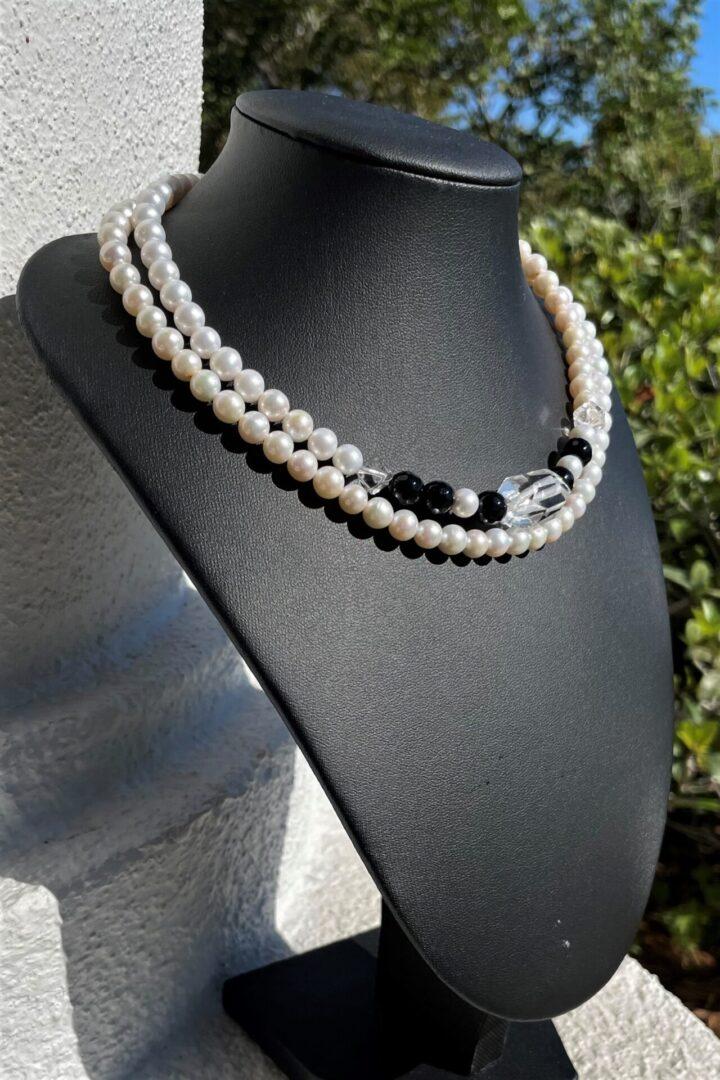 A Vintage Snow Princess Pearl Necklace