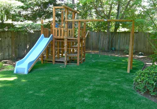 Synthetic grass play ground