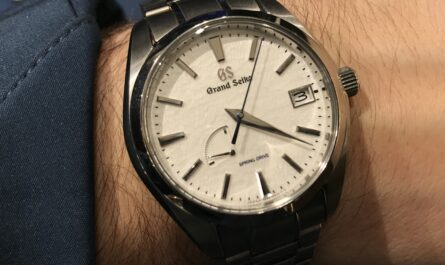 Grand Seiko SBGA211 Snowflake Wristshot