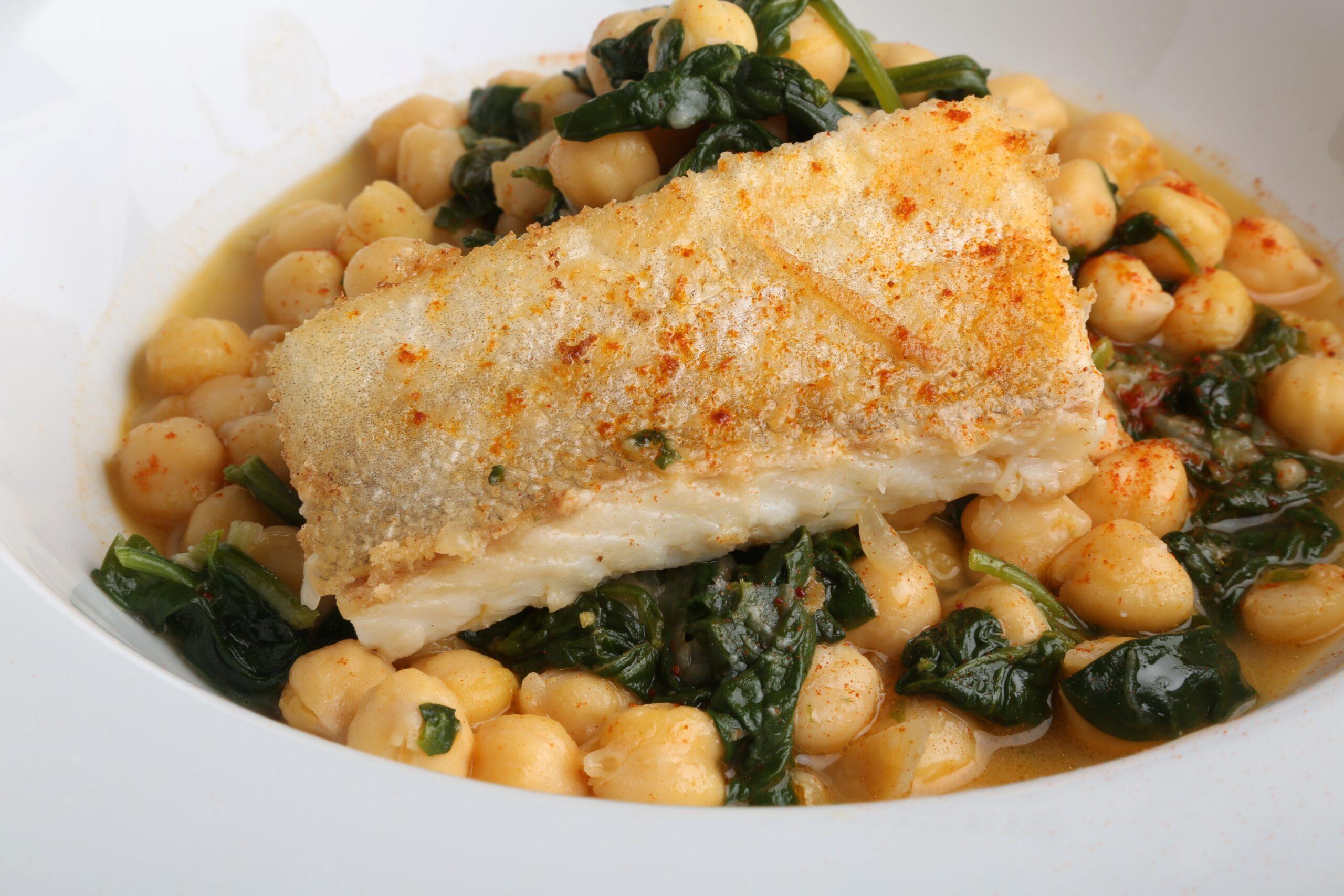 cita apetitosa y sana con el bacalao