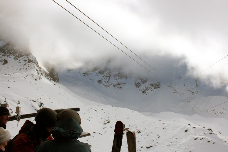 Clouds-and-skiers