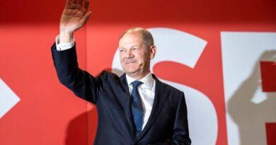 اینگلا مرکل کی پارٹی کو شکست: جرمن انتخابات میں سوشل ڈیموکریٹس نے انتہائی کم مارجن سے کرسچن ڈیموکریٹک یونین کو شکست دے دی