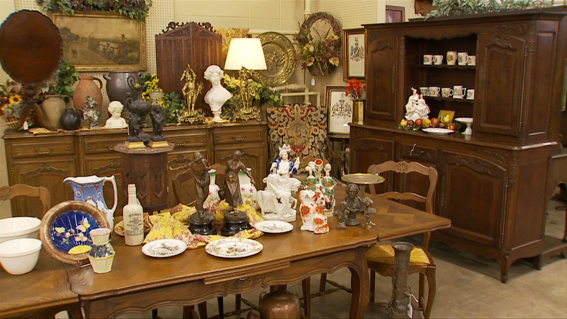 Flagship Store  & Tea Room In Springfield, MO and a second location in Mount Vernon.
