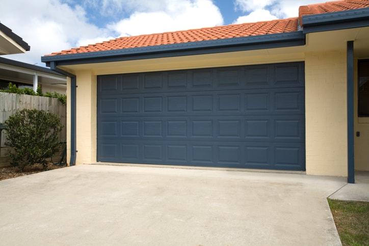 garage door repair services in Kitchener-Waterloo