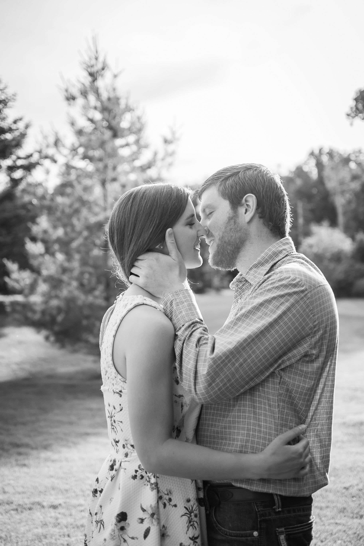 Lindsay-Adkins-Photography-Michigan-Wedding-Photographer-Luke-Shelby-9