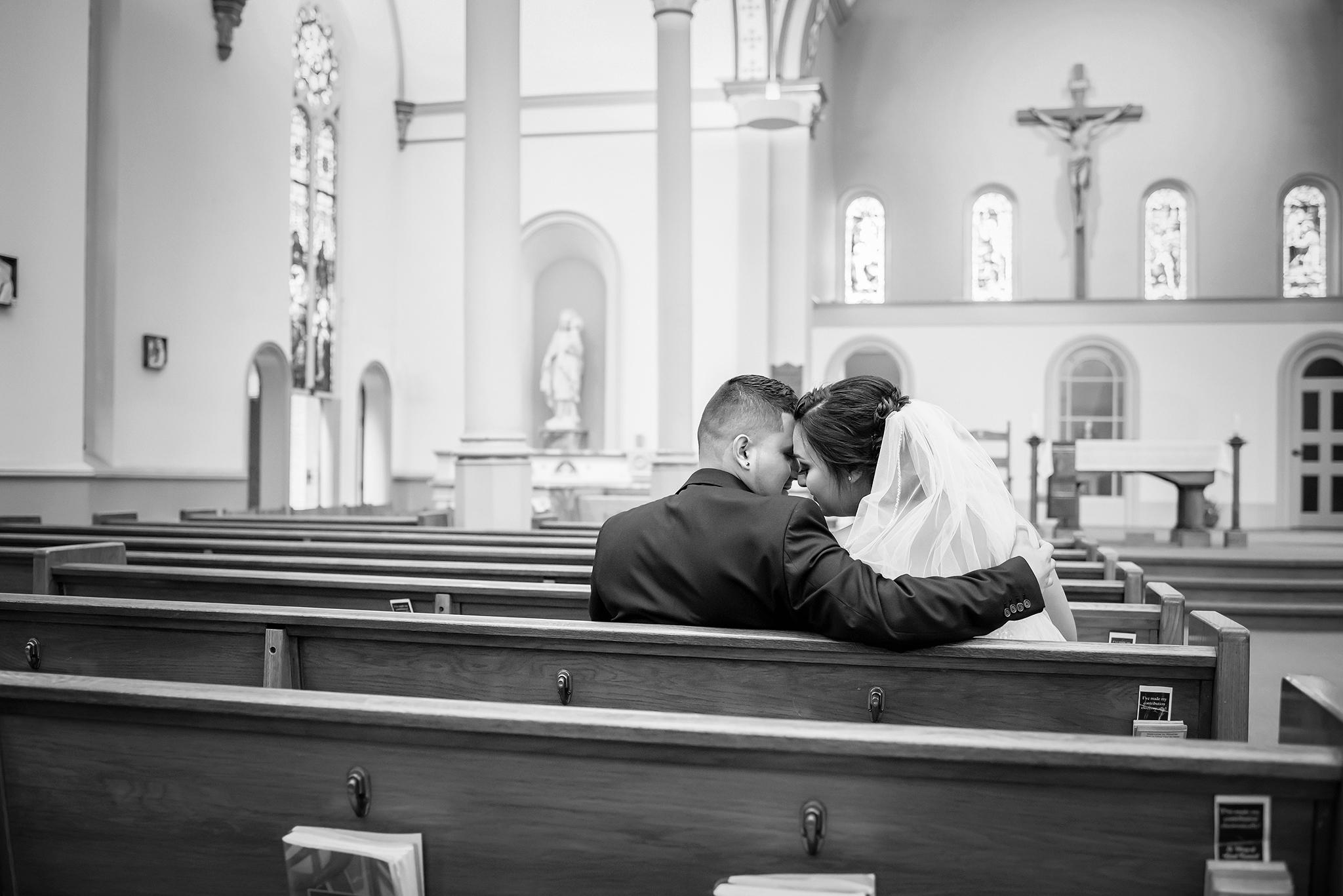Lindsay-Adkins-Photography-Michigan-Wedding-Photographer-BernalBlog-8