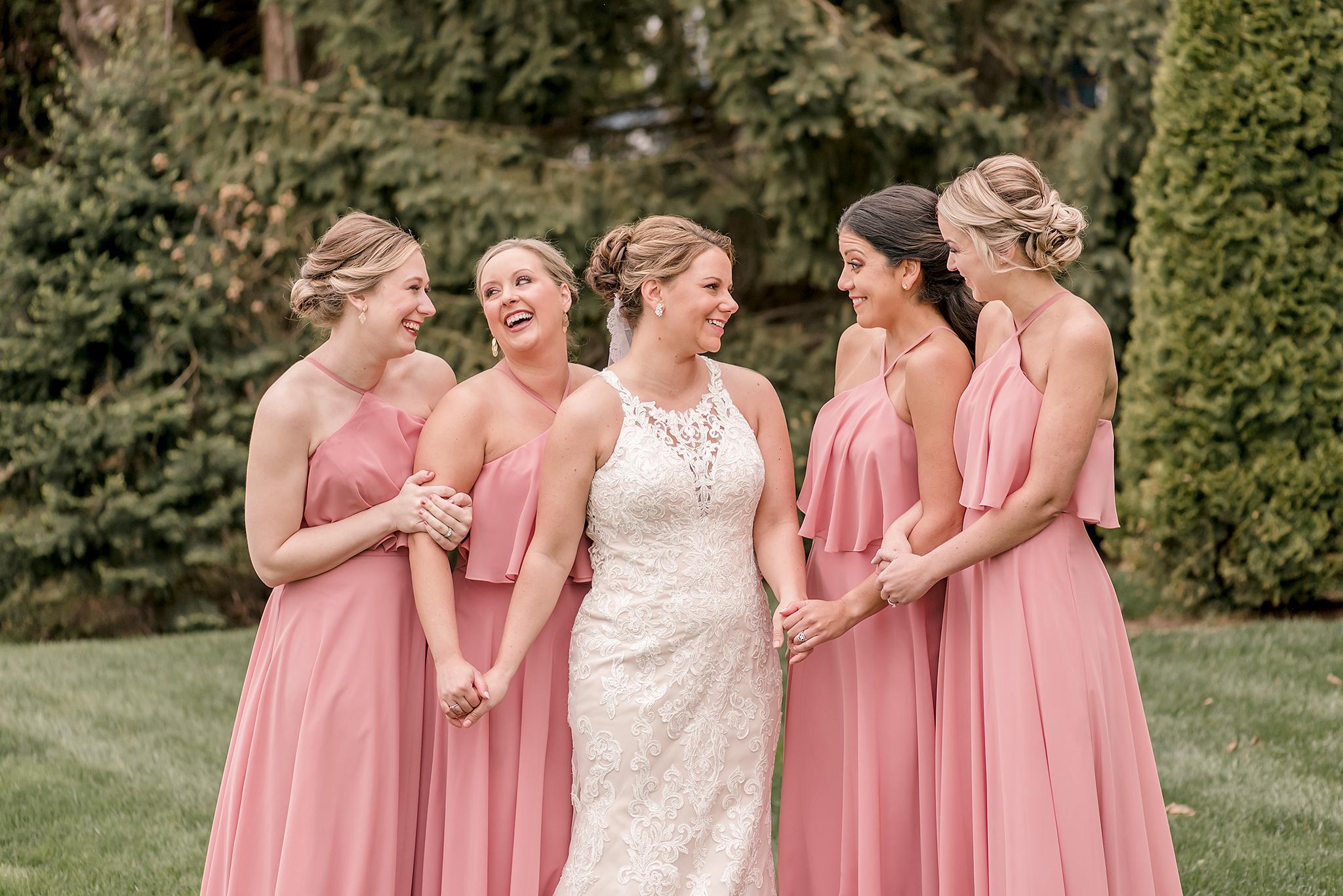 LINDSAY-ADKINS-PHOTOGRAPHY-MICHIGAN-WEDDING-PHOTOGRAPHER-FRANKENMUTH-BREWERY-WEDDING-MICHIGAN-BLOG-16