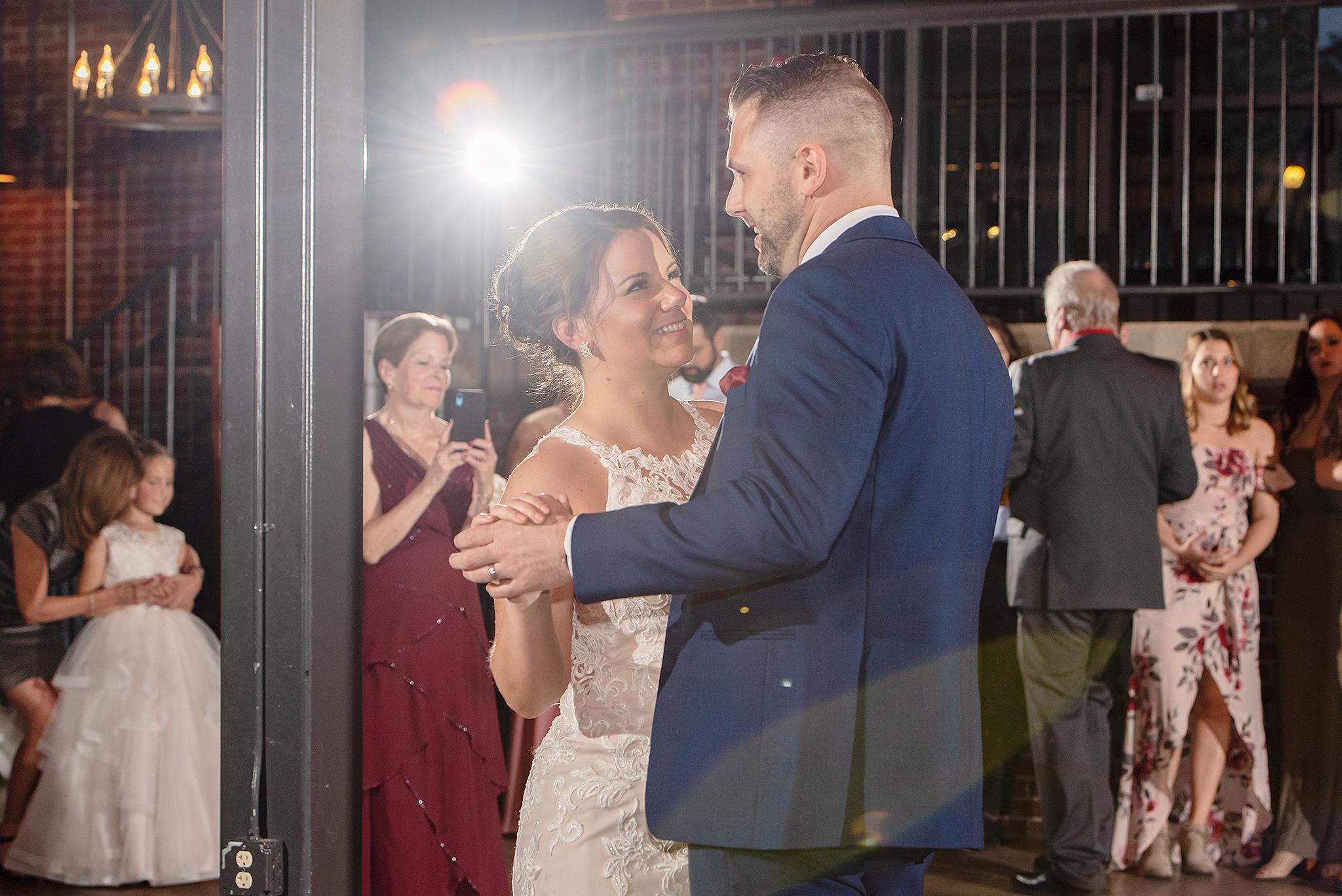 LINDSAY-ADKINS-PHOTOGRAPHY-MICHIGAN-WEDDING-PHOTOGRAPHER-FRANKENMUTH-BREWERY-WEDDING-MICHIGAN-BLOG-31