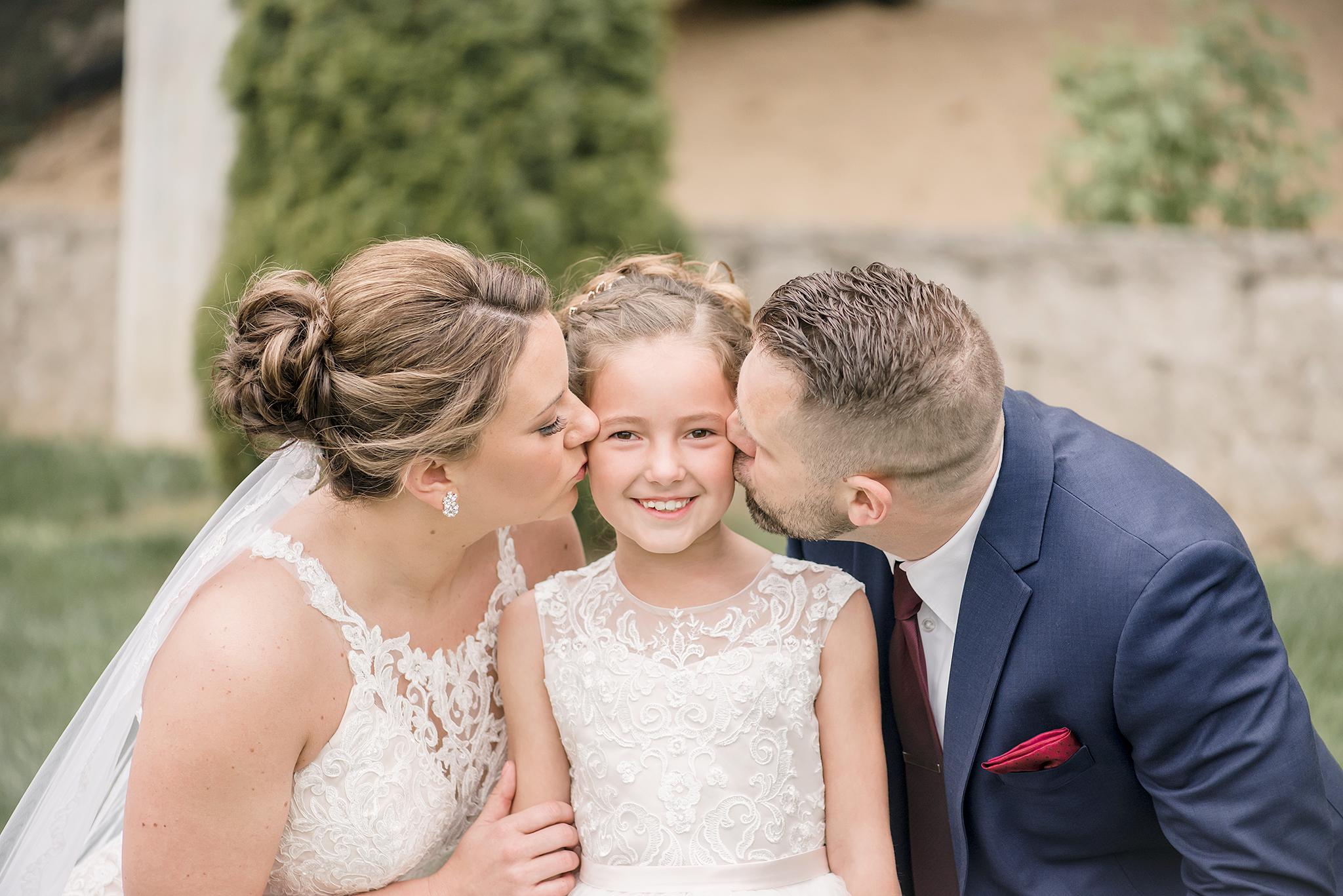 LINDSAY-ADKINS-PHOTOGRAPHY-MICHIGAN-WEDDING-PHOTOGRAPHER-FRANKENMUTH-BREWERY-WEDDING-MICHIGAN-BLOG-41