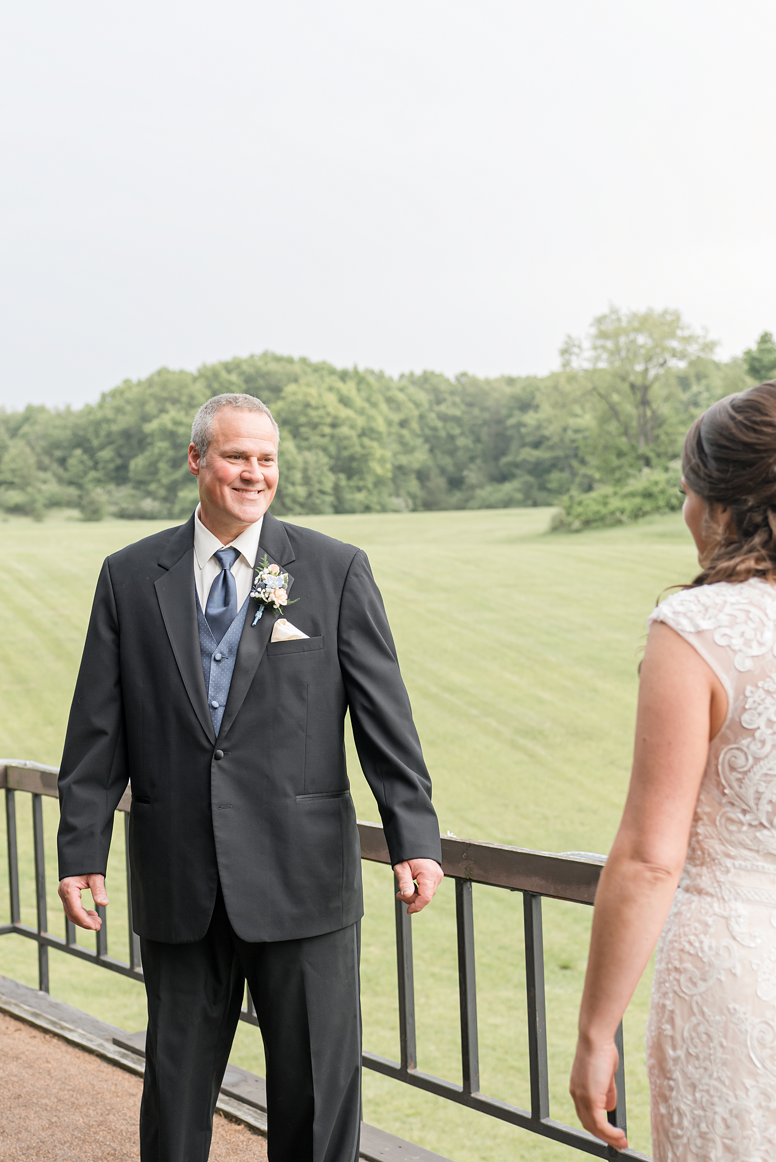 Lindsay-Adkins-Photography-Michigan-Wedding-Photographer-Sauk-Valley-Brooklyn-Michigan16