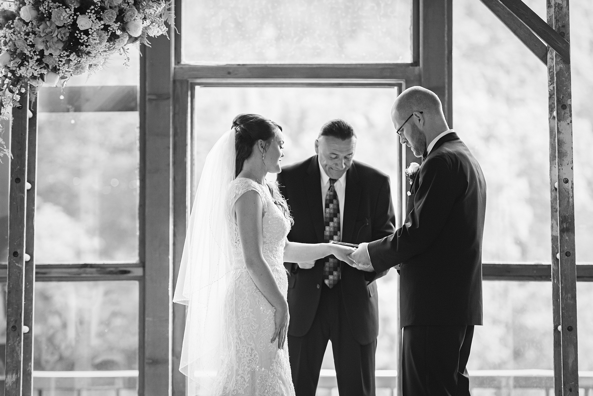 Lindsay-Adkins-Photography-Michigan-Wedding-Photographer-Sauk-Valley-Brooklyn-Michigan30